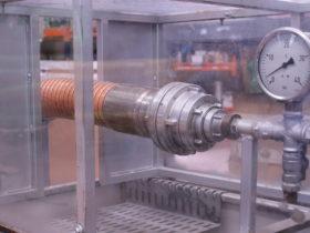 Realizamos pruebas de nuestras mangueras y latiguillos para asegurar que salen de nuestras instalaciones en óptimas condiciones.