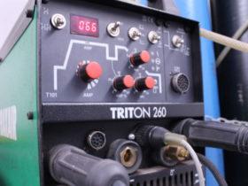 Usamos equipos de soldadura TIG que permiten múltiples configuraciones mas allá del amperaje.